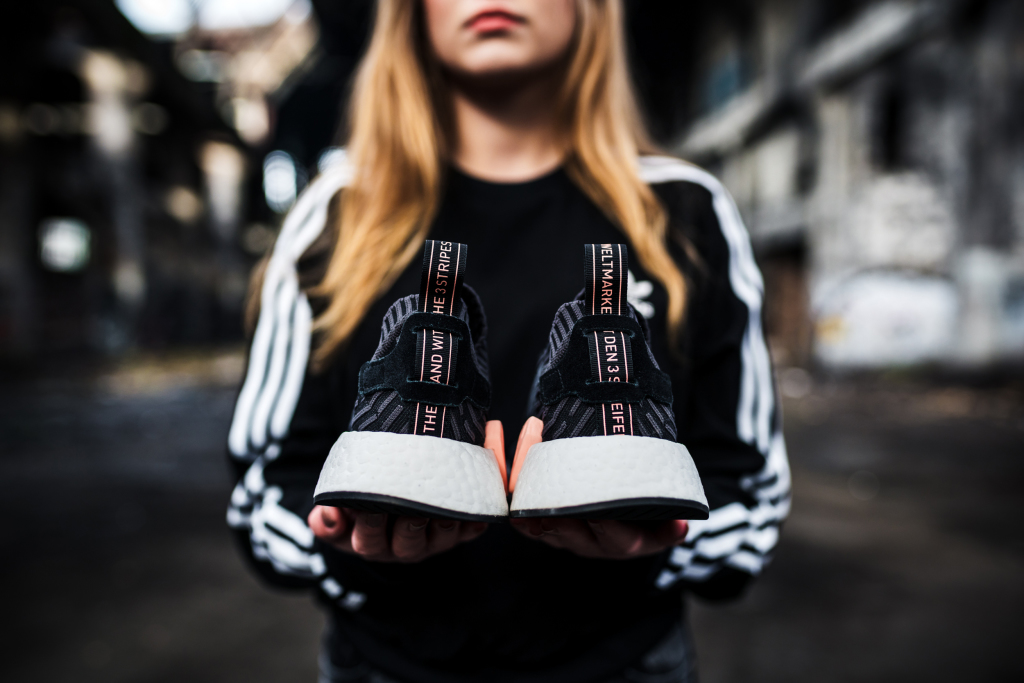 INDIE-MAGAZINE-ADIDAS-ORIGINALS-NMD-WOMENS-R2