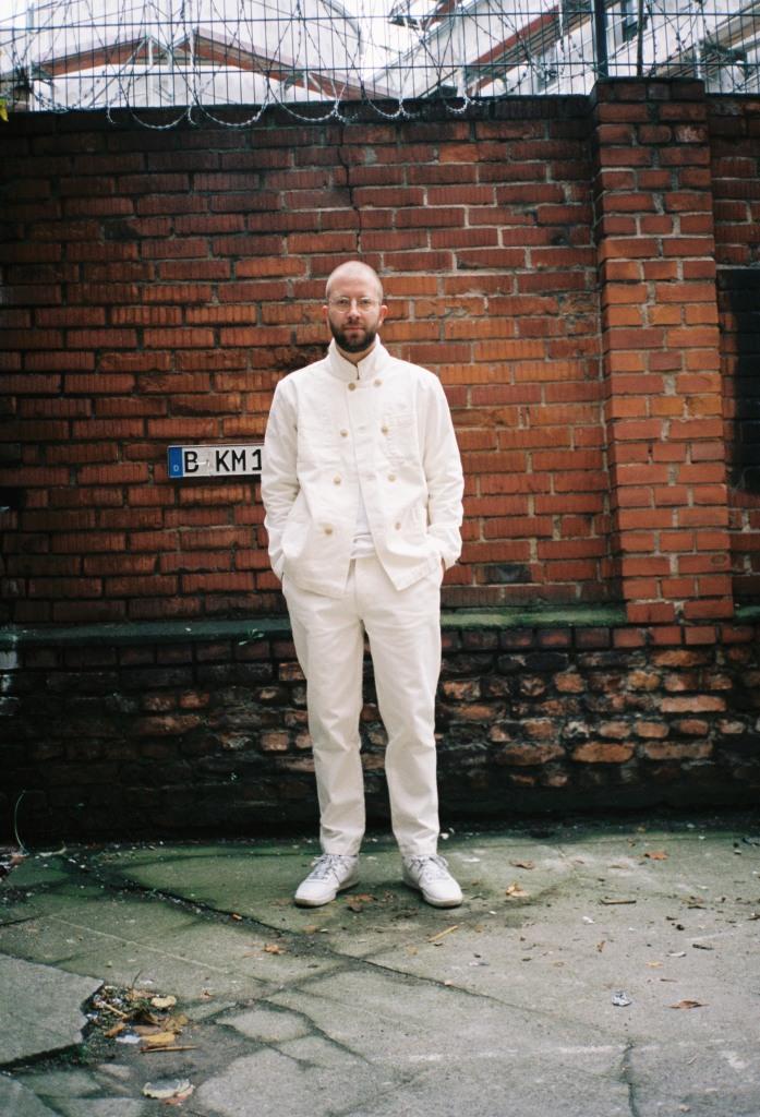 bonne-suits-indie-magazine-daan-dam-adiren-bianco