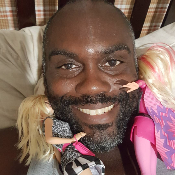 WEIRD INSTAGRAM ACCOUNTS MRPIMPGOODGAME SELFIE SMILE