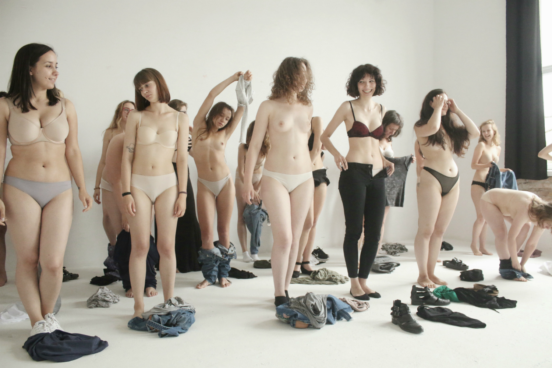 Nude Portraits Karolina Hanulak In Praise Of The Body