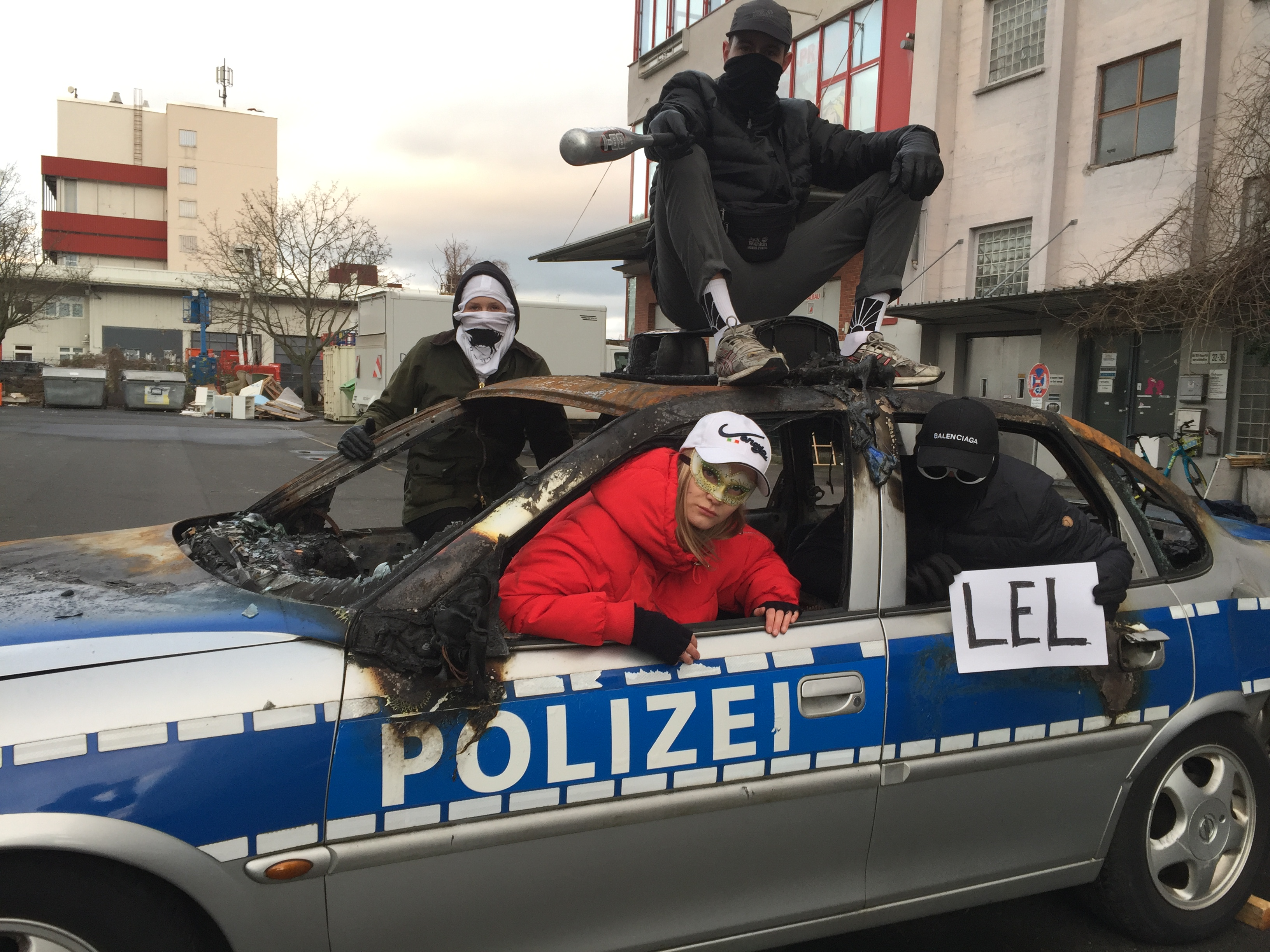FRANKFURT CREATIVE SCENE ART MUSIC CULTURE ACTIVISM GENTRIFICATION CAPITALISM BREXIT PROTEST LGBTQ FEMINISM QUEER POC