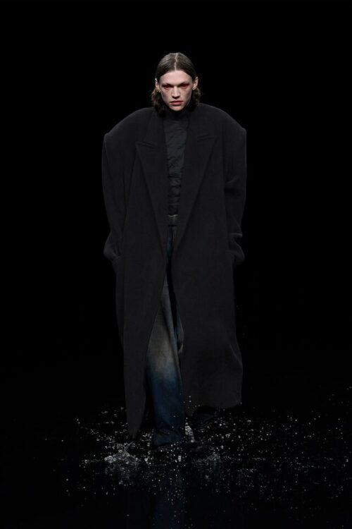 Fashion foreboding: Vetements cast look-alikes in 2020, pre-empting the Melania conspiracy
